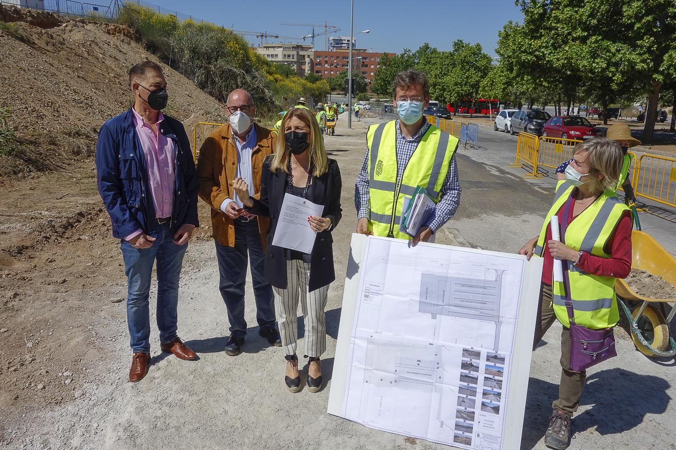 Realizan obras de mejora en el recinto ferial a cargo de los fondos del PFEA