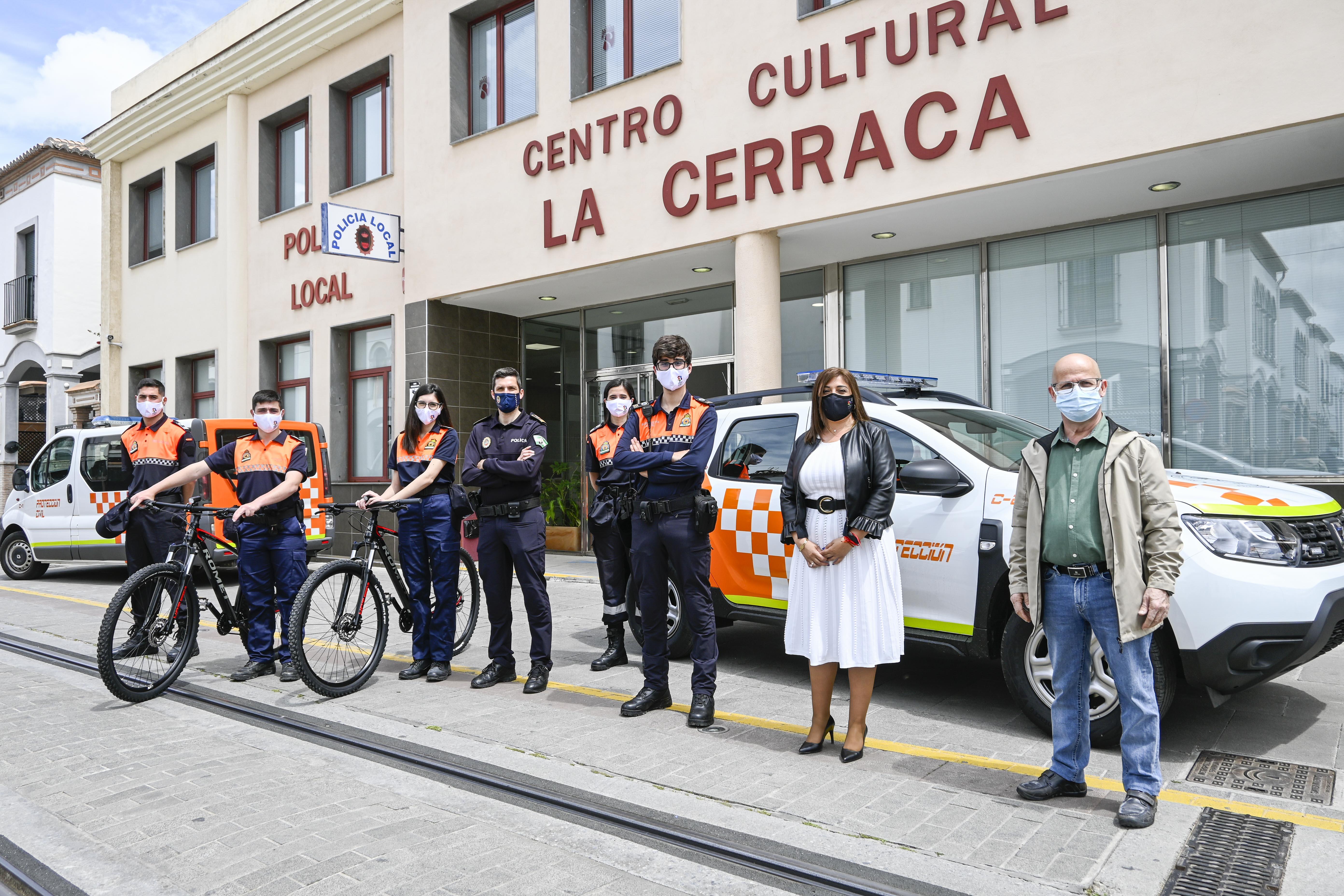Armilla dota a Protección Civil de un nuevo vehículo y dos bicicletas