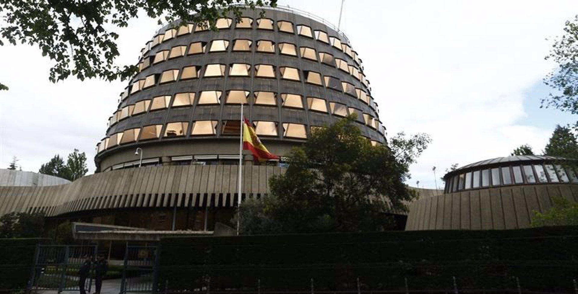 El TC da tres días a Fiscalía para alegar y pide documentación al Parlamento por la expulsión de diputados de Adelante