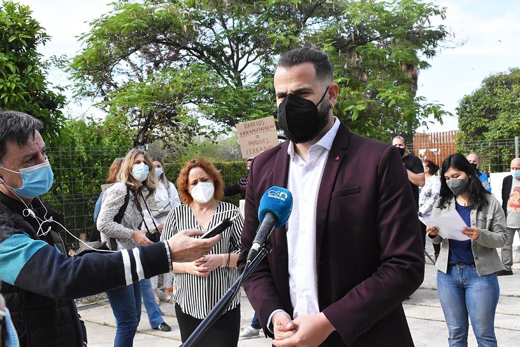 IU Granada insta a la Junta a paralizar el cierre del Parque Zen