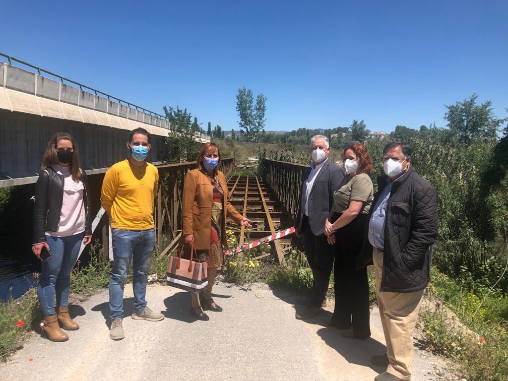 Diputación invierte 150.000 euros en la reparación del puente metálico de Láchar