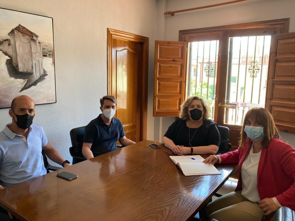 Dedican casi 49.000 euros a contratos de trabajo para personas vulnerables en Alfacar