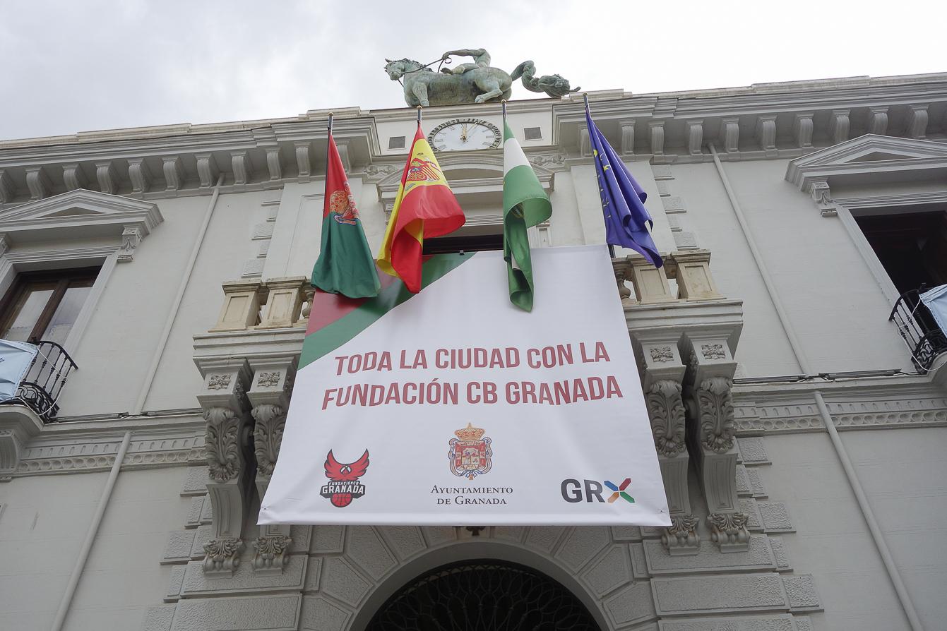 El Ayuntamiento transmite el apoyo de los granadinos al Covirán antes del partido de ascenso a la ACB