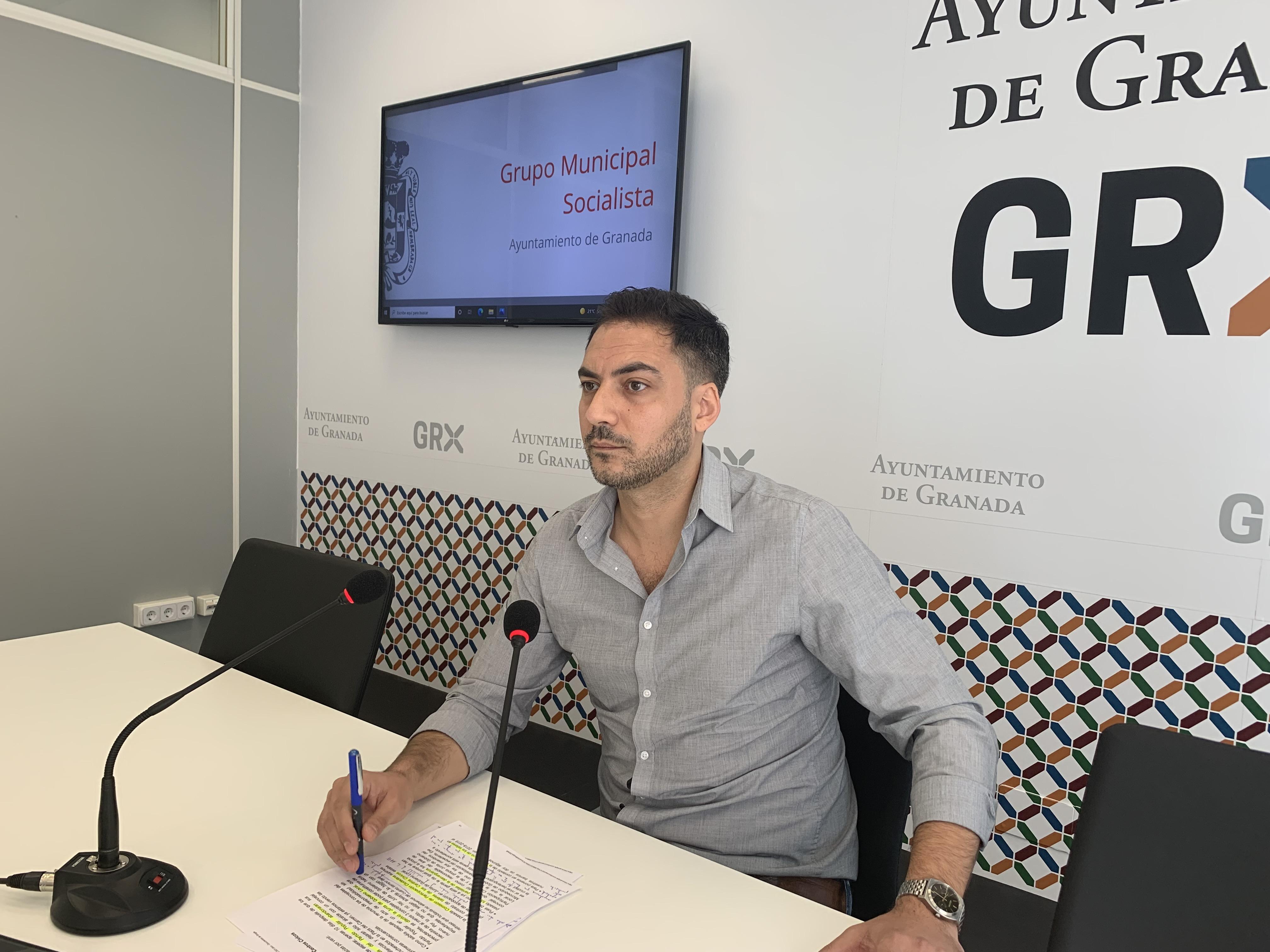 El PSOE se lamenta de la dejadez de los barrios provocada por el «desgobierno» del PP y Cs