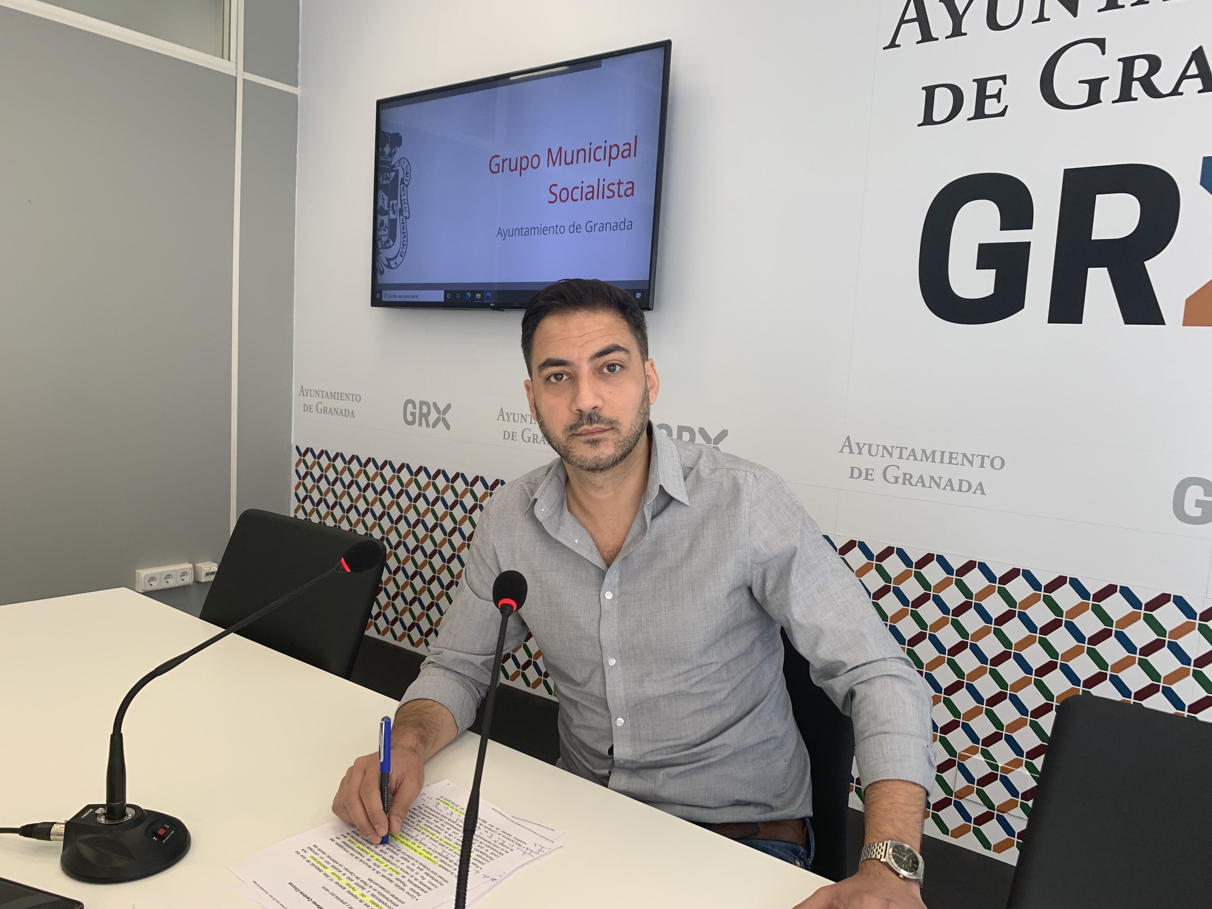 El PSOE critica la deuda de 150.000 euros que el Ayuntamiento mantiene con el CB Granada