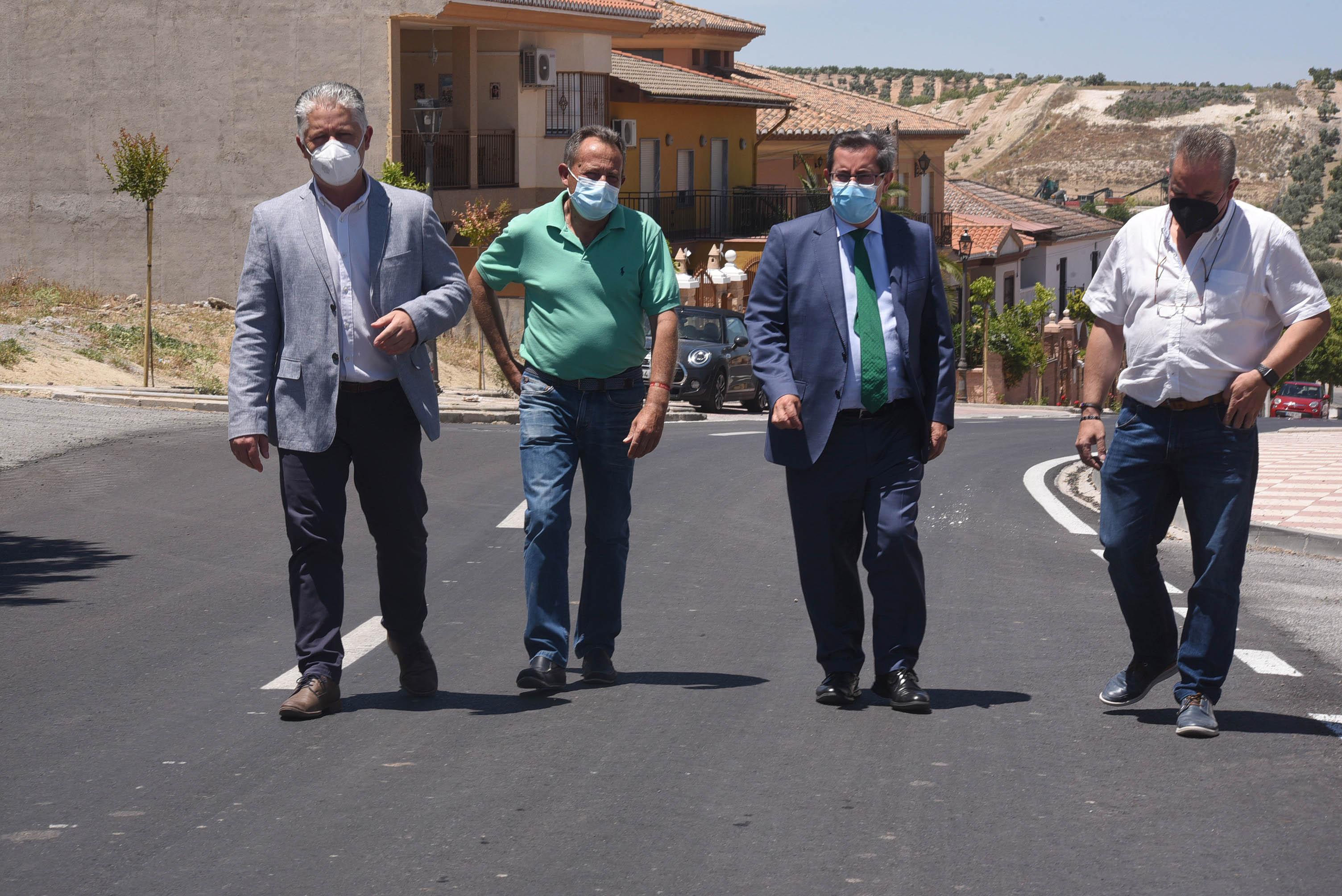 Concluyen las obras de mejora de la travesía de Chimeneas tras una inversión de 120.000 euros