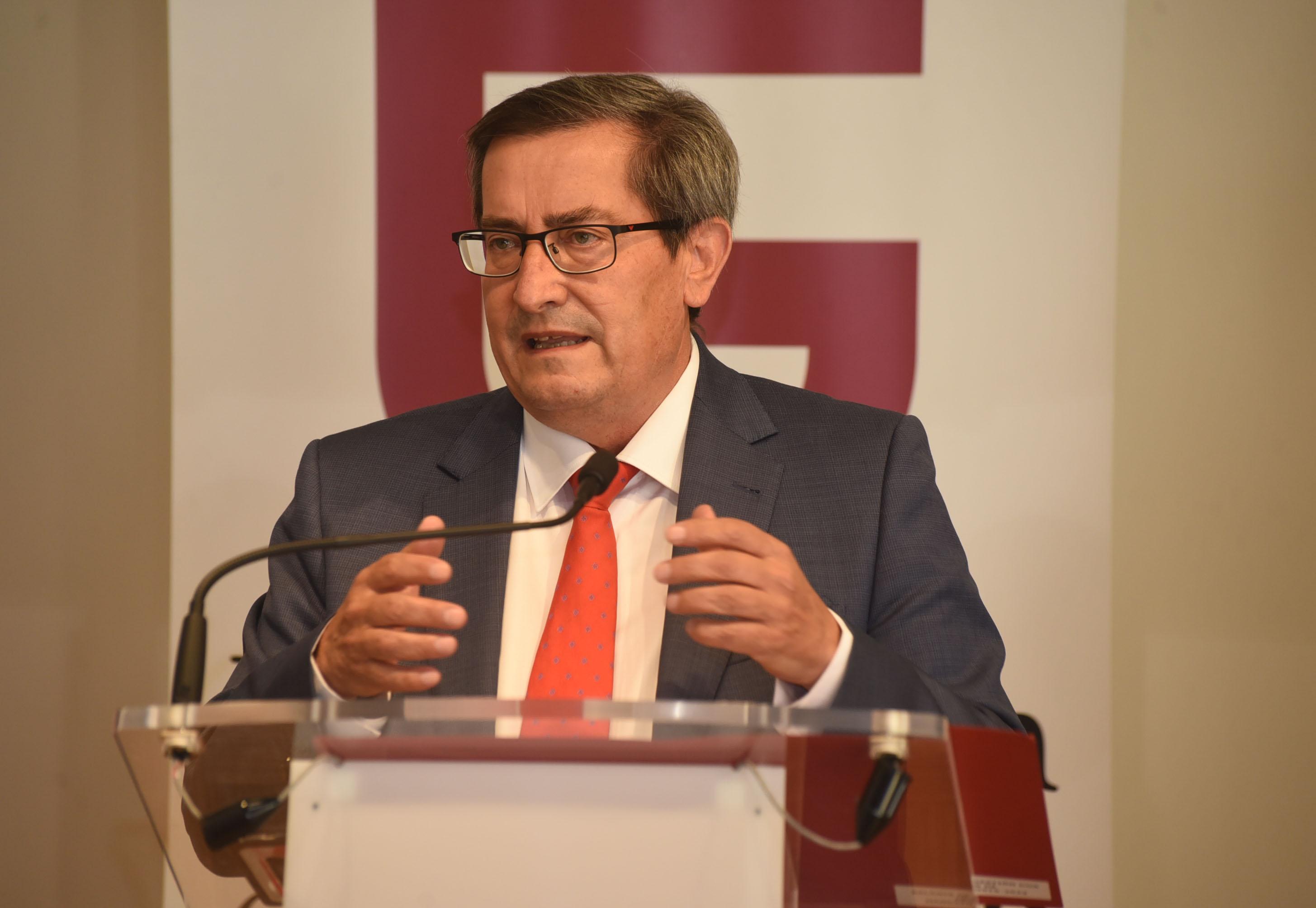 El PSOE lamenta la pérdida de Tico Medina, un referente del periodismo y de Granada