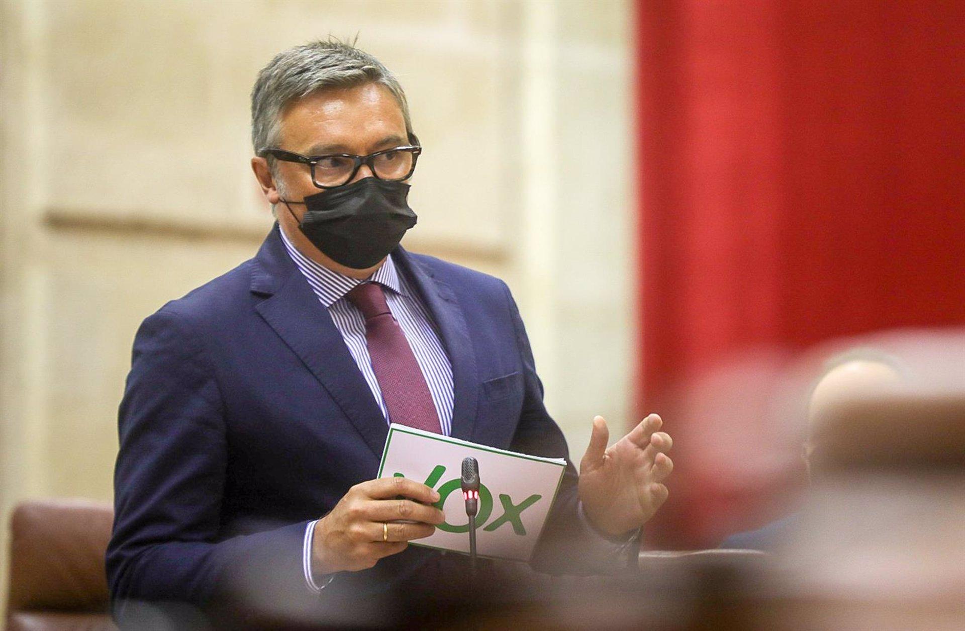 Vox pide reunión urgente a Moreno para abordar «desbloqueo» del Ayuntamiento mediante su disolución