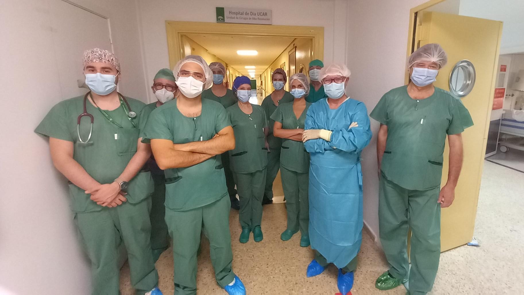 El Hospital Virgen de las Nieves elimina tumores de próstata con una técnica de frío extremo