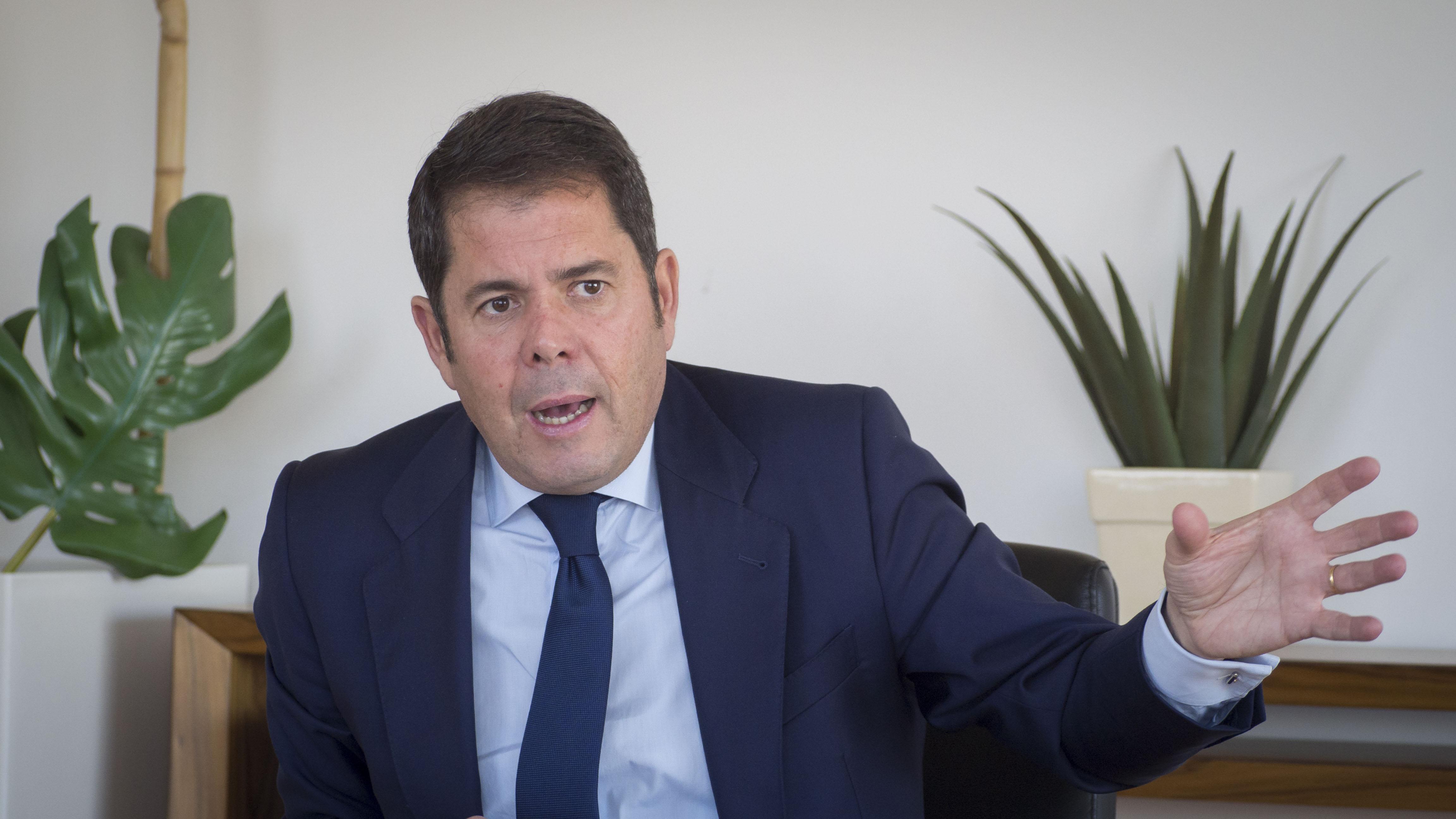 El mundo empresarial de Granada exige la «resolución inmediata» del conflicto político en el Ayuntamiento