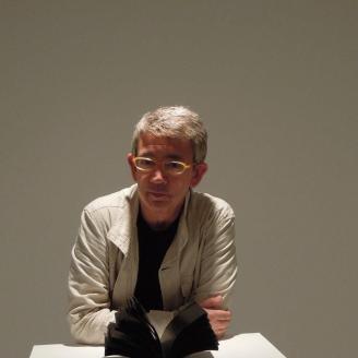 El granadino Guillermo Busutil, Premio Nacional Periodismo Cultural