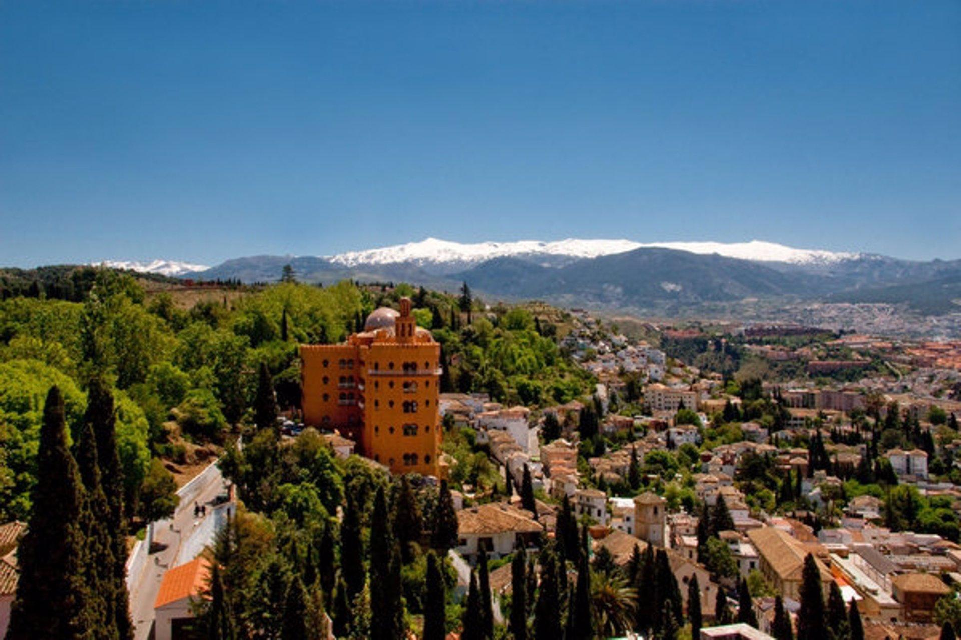 El Hotel Alhambra Palace prevé reabrir el próximo 1 de septiembre