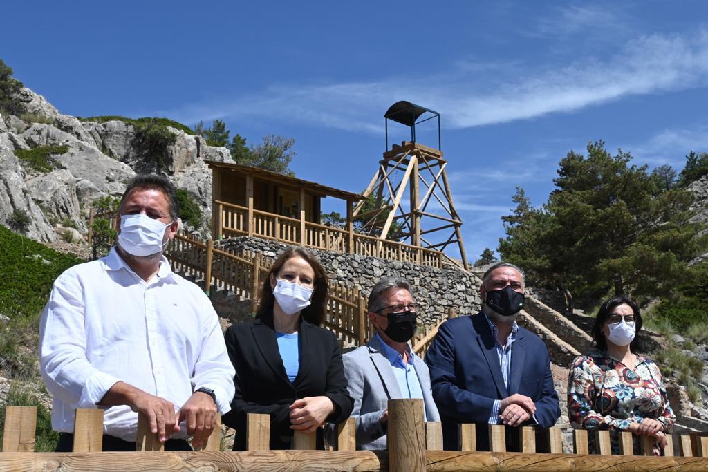 Recuperan para los senderistas las antiguas minas del Parque Natural Sierra de Baza
