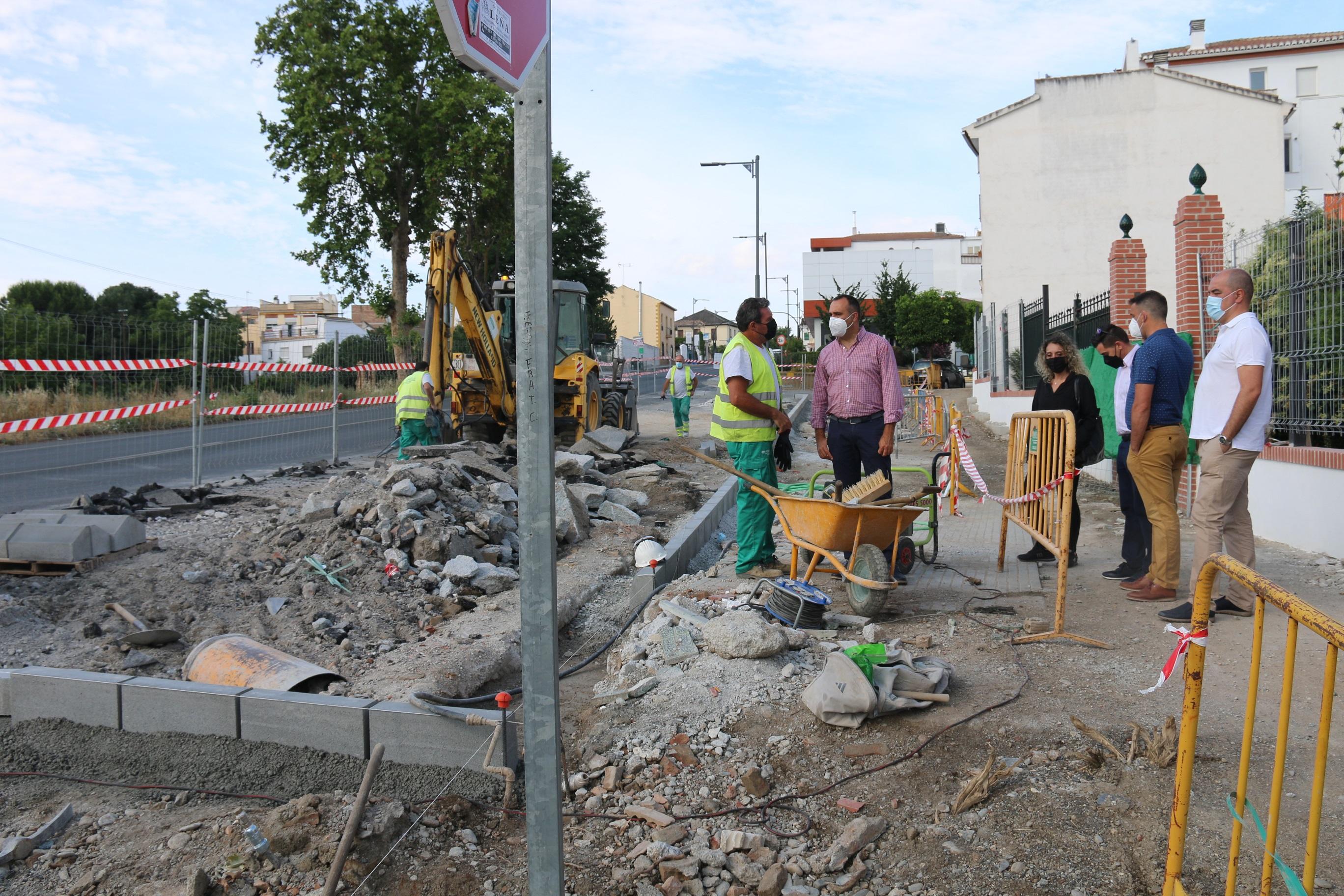 Alhendín actúa sobre un nuevo tramo de Carretera de Motril