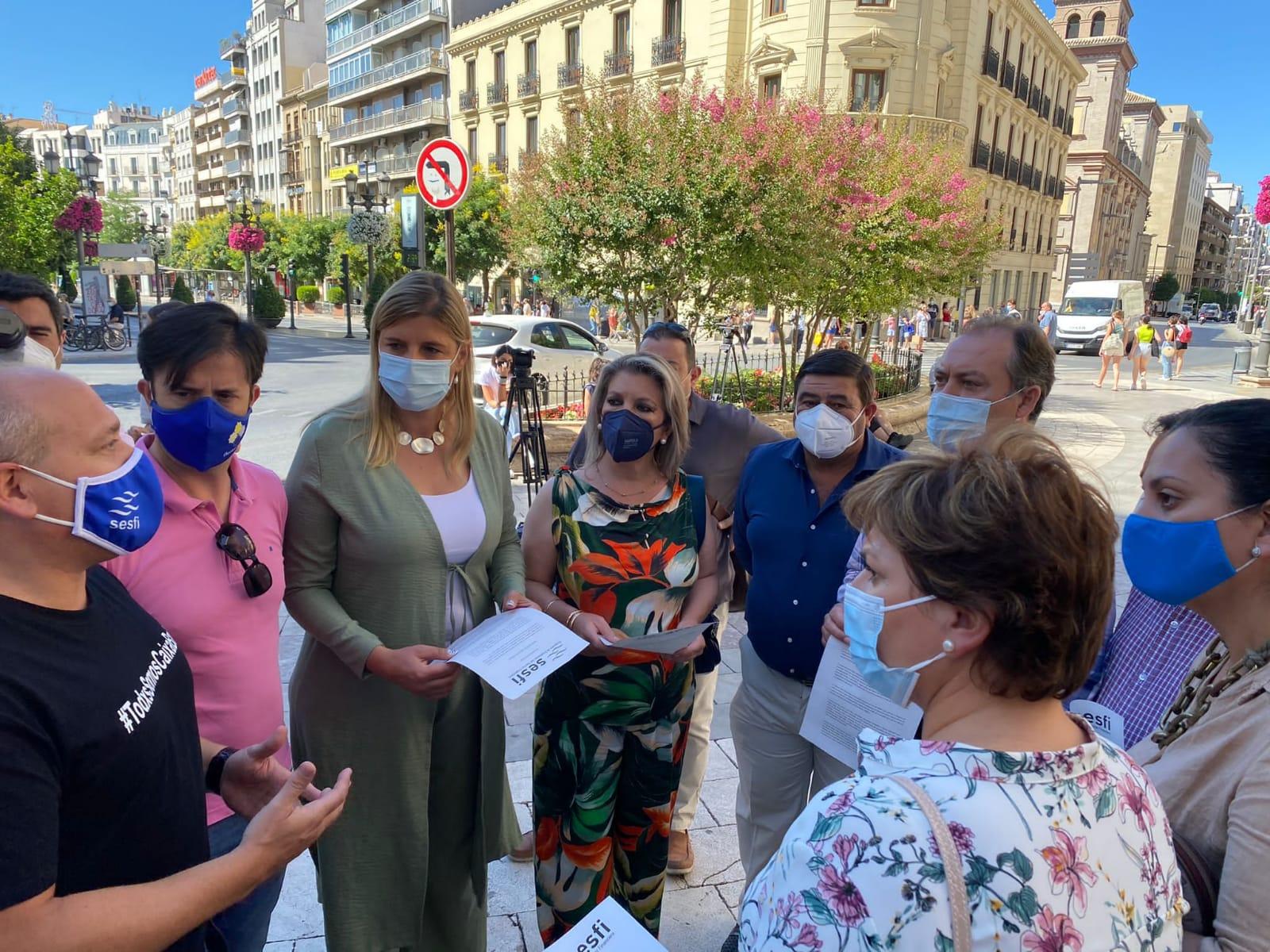 El PP muestra su apoyo a los trabajadores de CaixaBank