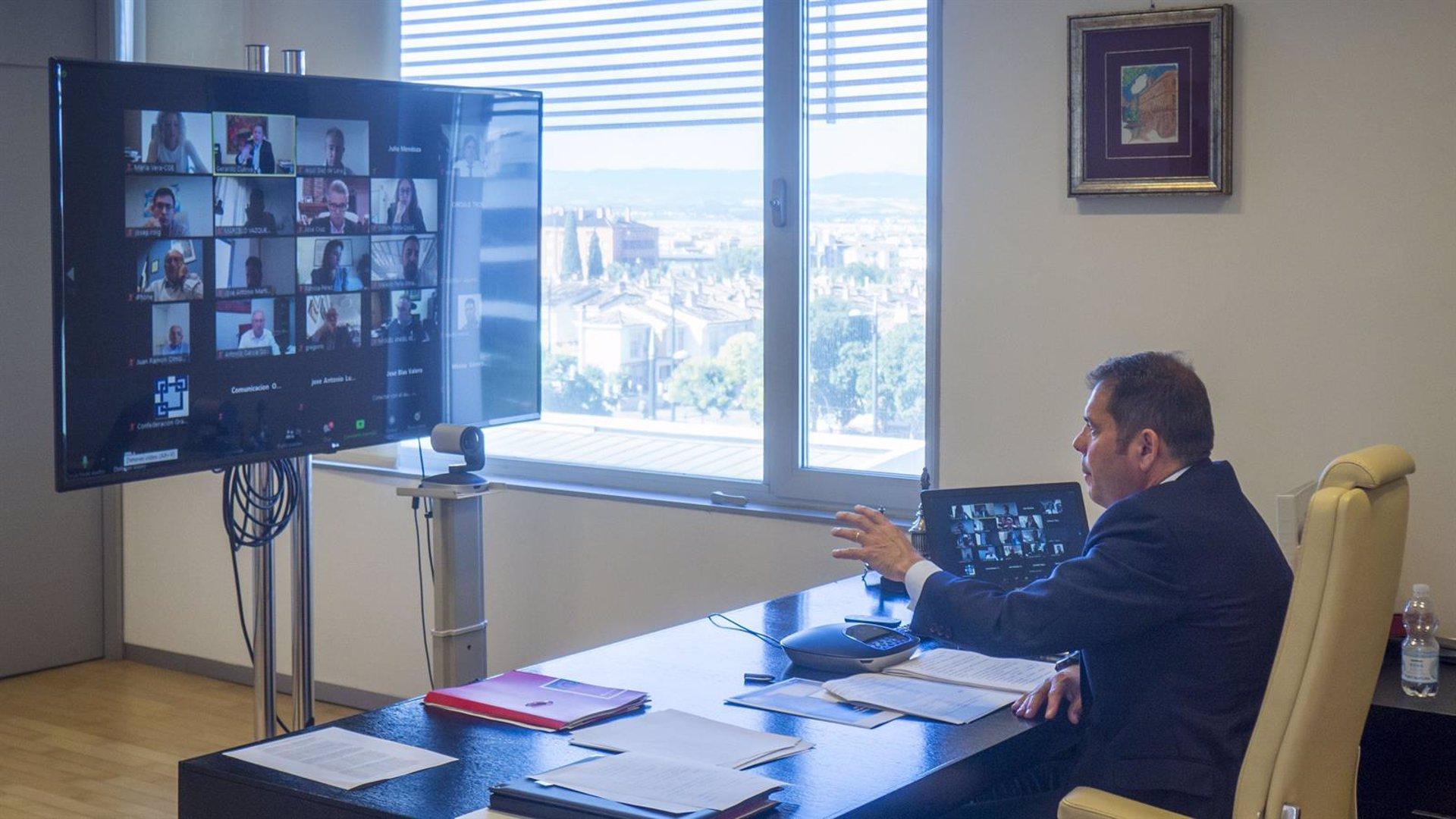 Los empresarios alertan del impacto económico de la «guerra política» en el Ayuntamientoiento
