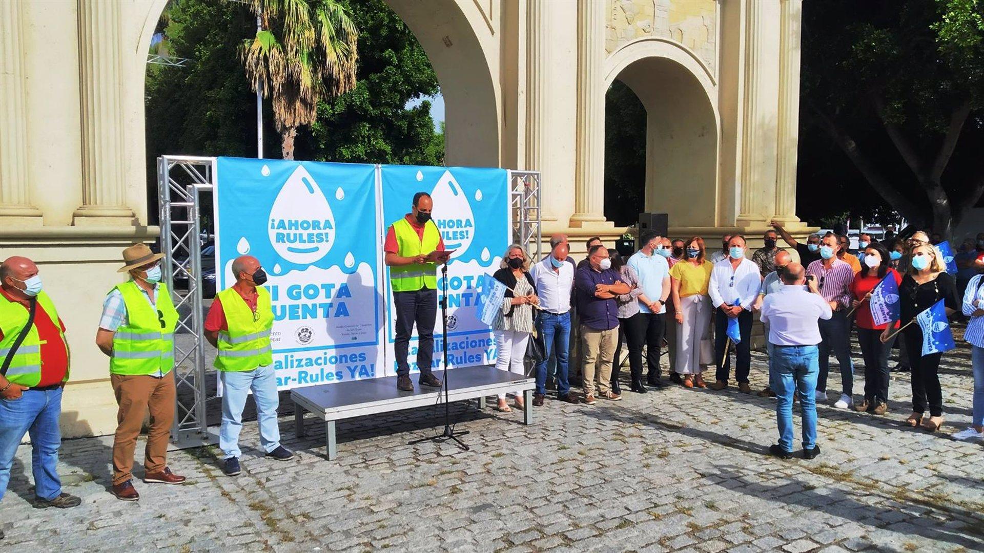 El Ayuntamiento de Almuñécar llama a participar este jueves en una nueva movilización por las canalizaciones