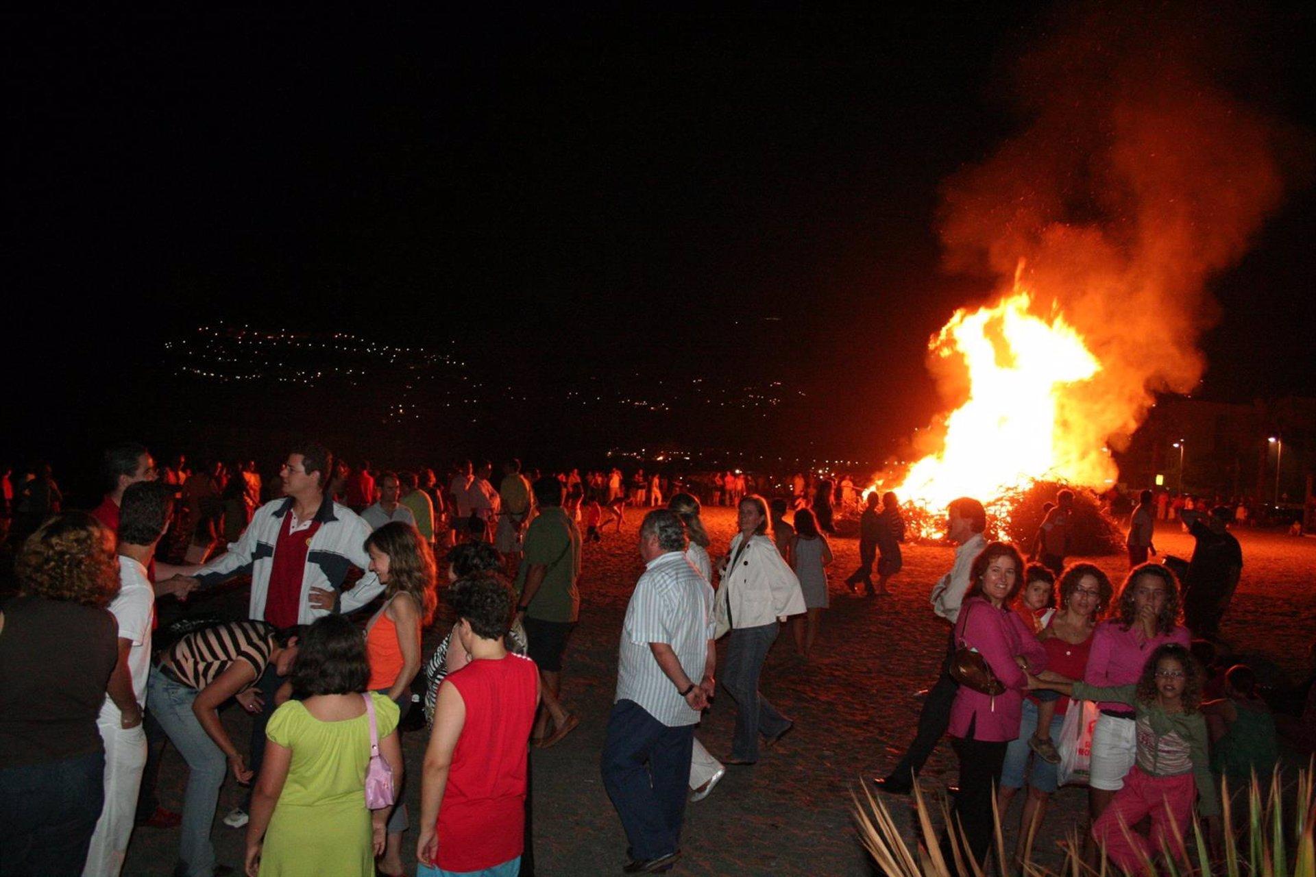 La Costa Tropical celebra San Juan sin hogueras ni concentraciones
