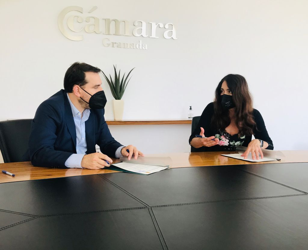 Cámara Granada el Ayuntamiento de Montefrío organizarán cursos de formación para vecinos desempleados
