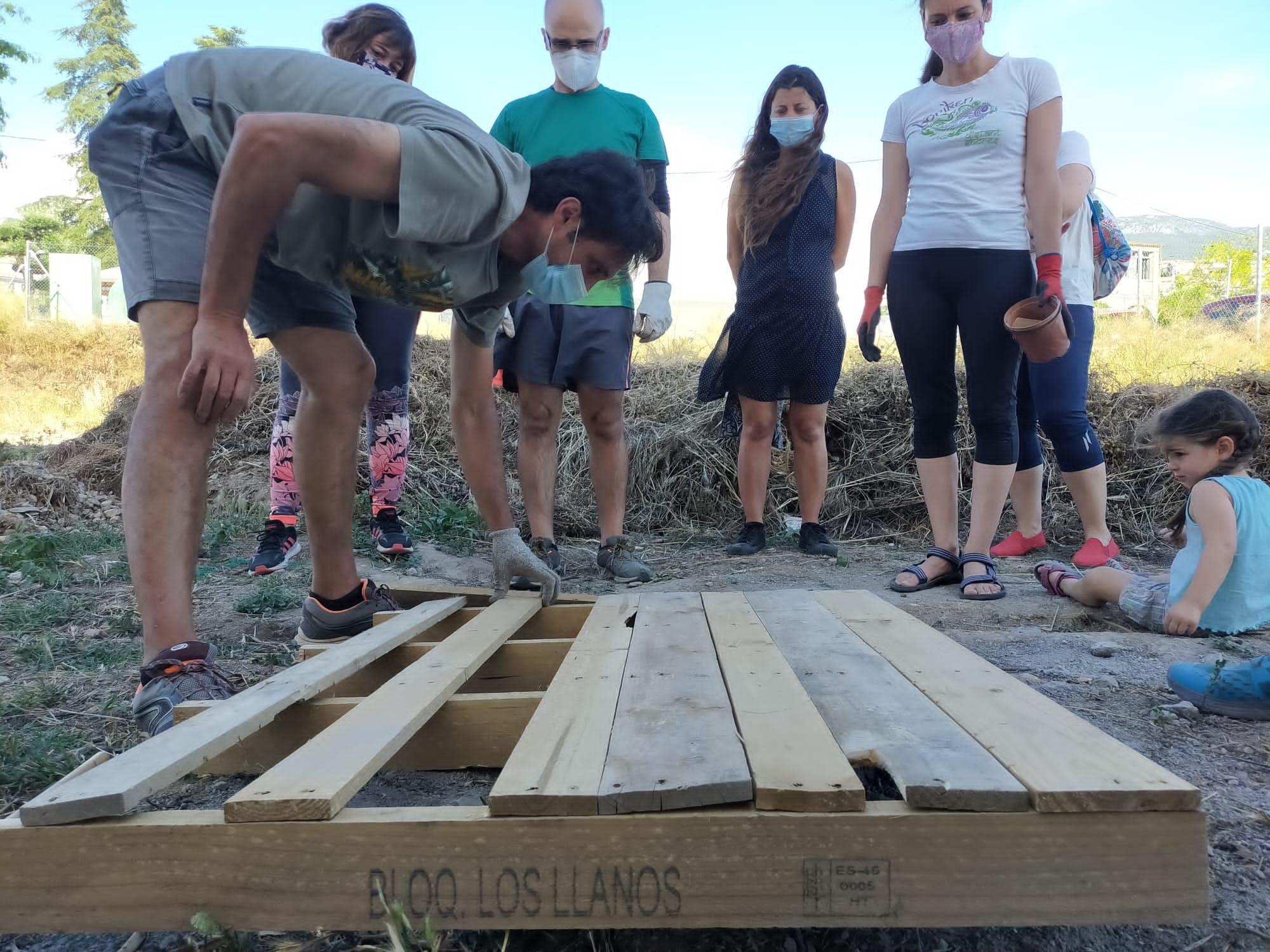 Monachil crea puntos de compostaje municipales donde los vecinos podrán reciclar sus residuos