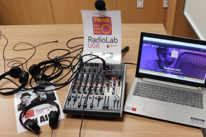 Los premios del I Concurso de radio escolar de la UGR se otorgan al colegio Eugenia de Montijo y a los institutos La Madraza y La Contraviesa