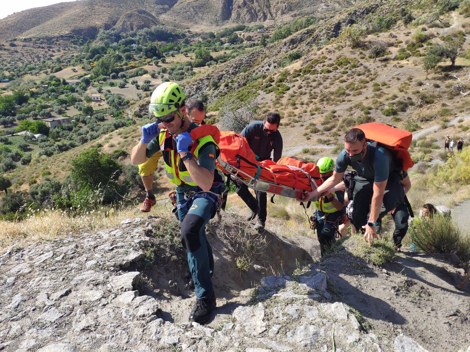 La Guardia Civil realiza en los últimos días cinco rescates en montaña, con dos heridos graves