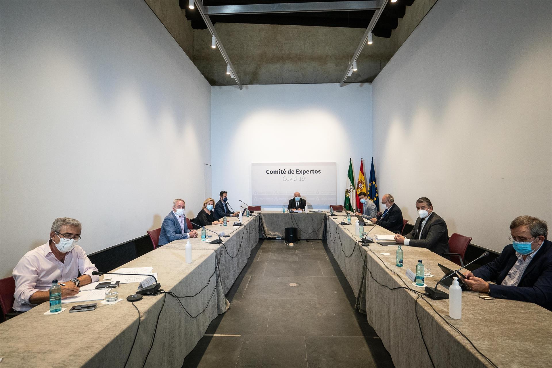 Andalucía prorroga al menos dos semanas el grueso de sus medidas vigentes antes de avanzar en la desescalada