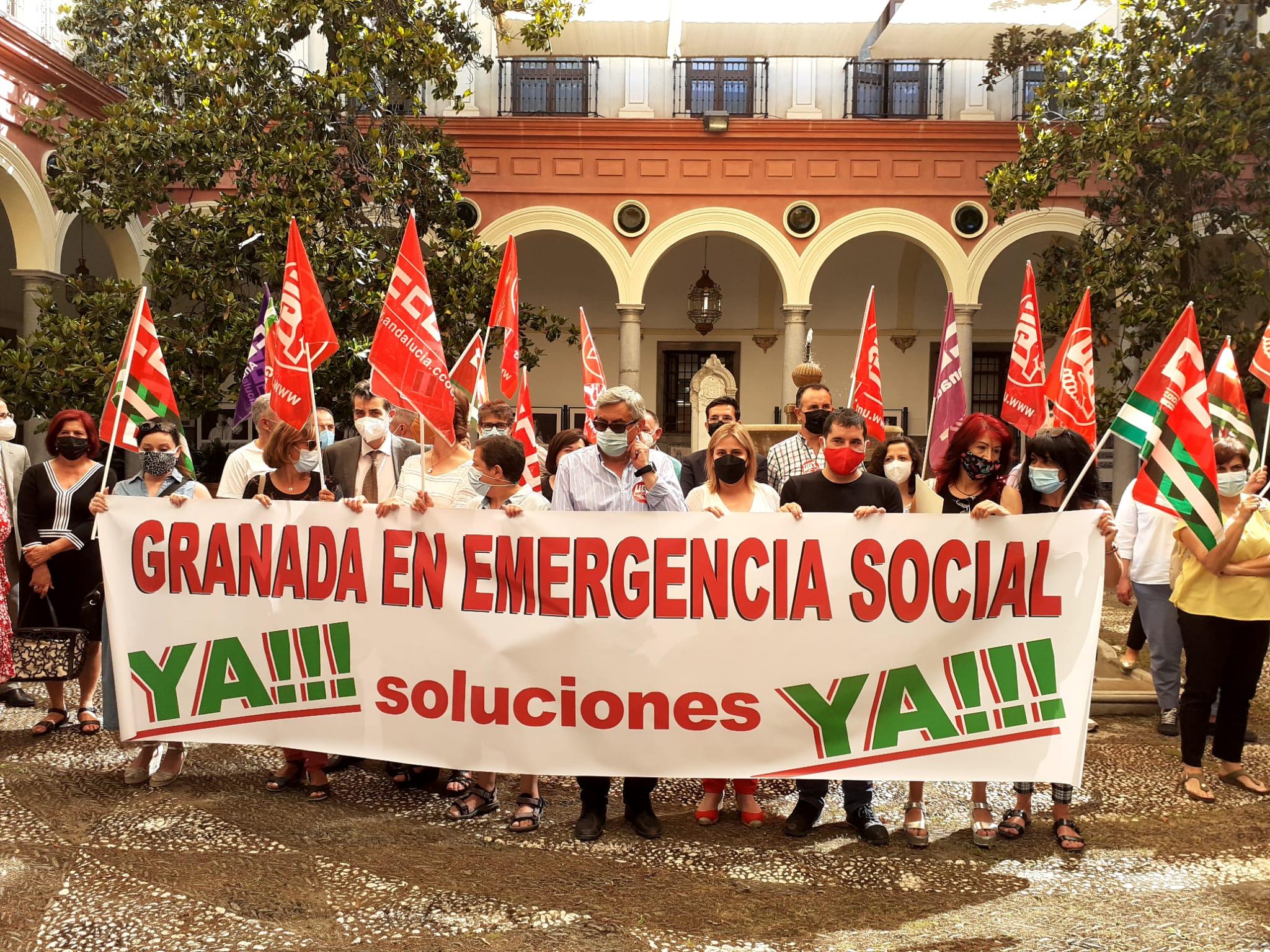 CCOO, UGT, PSOE y Podemos-IU protestan por la inacción y falta de respuesta del Ayuntamiento ante el Plan de Emergencia Social