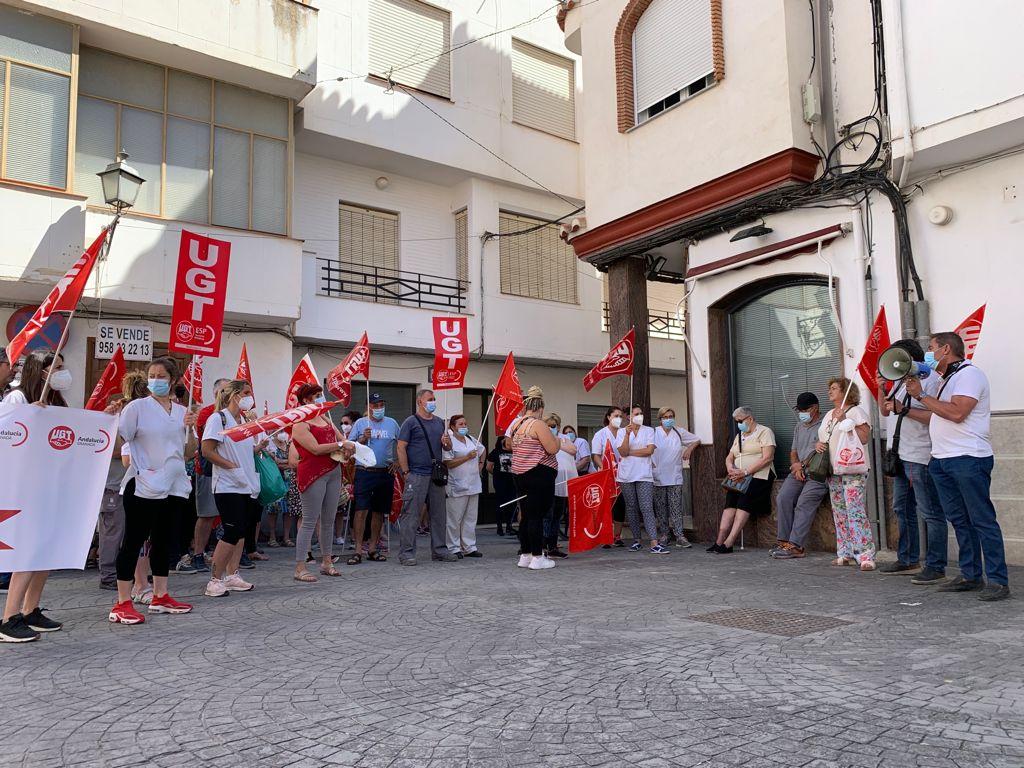 UGT denuncia al Ayuntamiento de Huétor Tájar por su negativa a negociar un Convenio Colectivo digno para el personal municipal