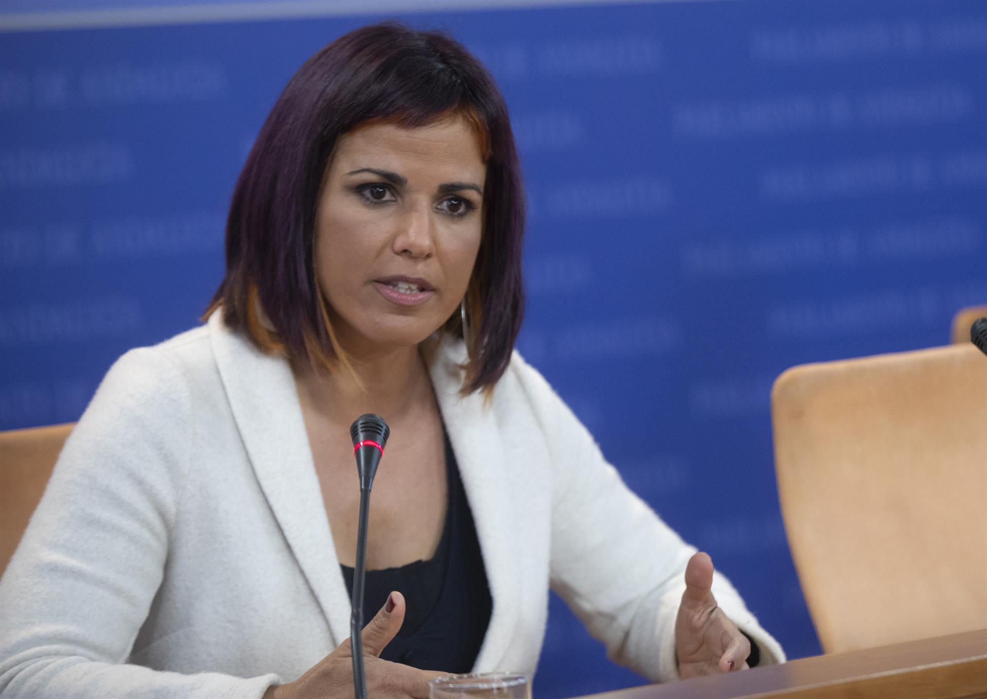 Rodríguez se solidarizaría con Susana Díaz si viera discriminación por el hecho de ser mujer, «pero este no es el caso»