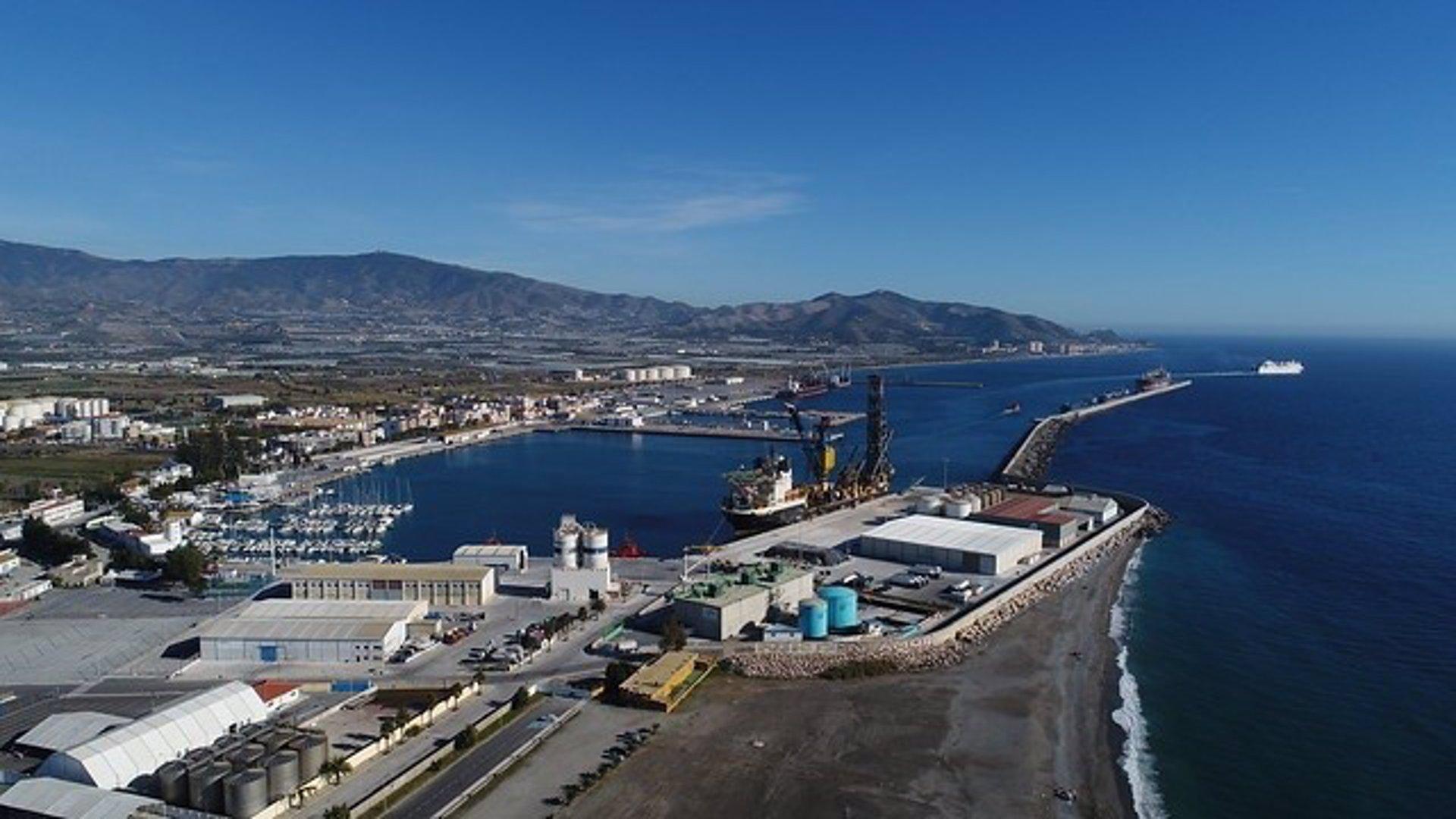 Presupuestada en 1,8 millones la futura zona de control de extranjería y fronteras en el puerto