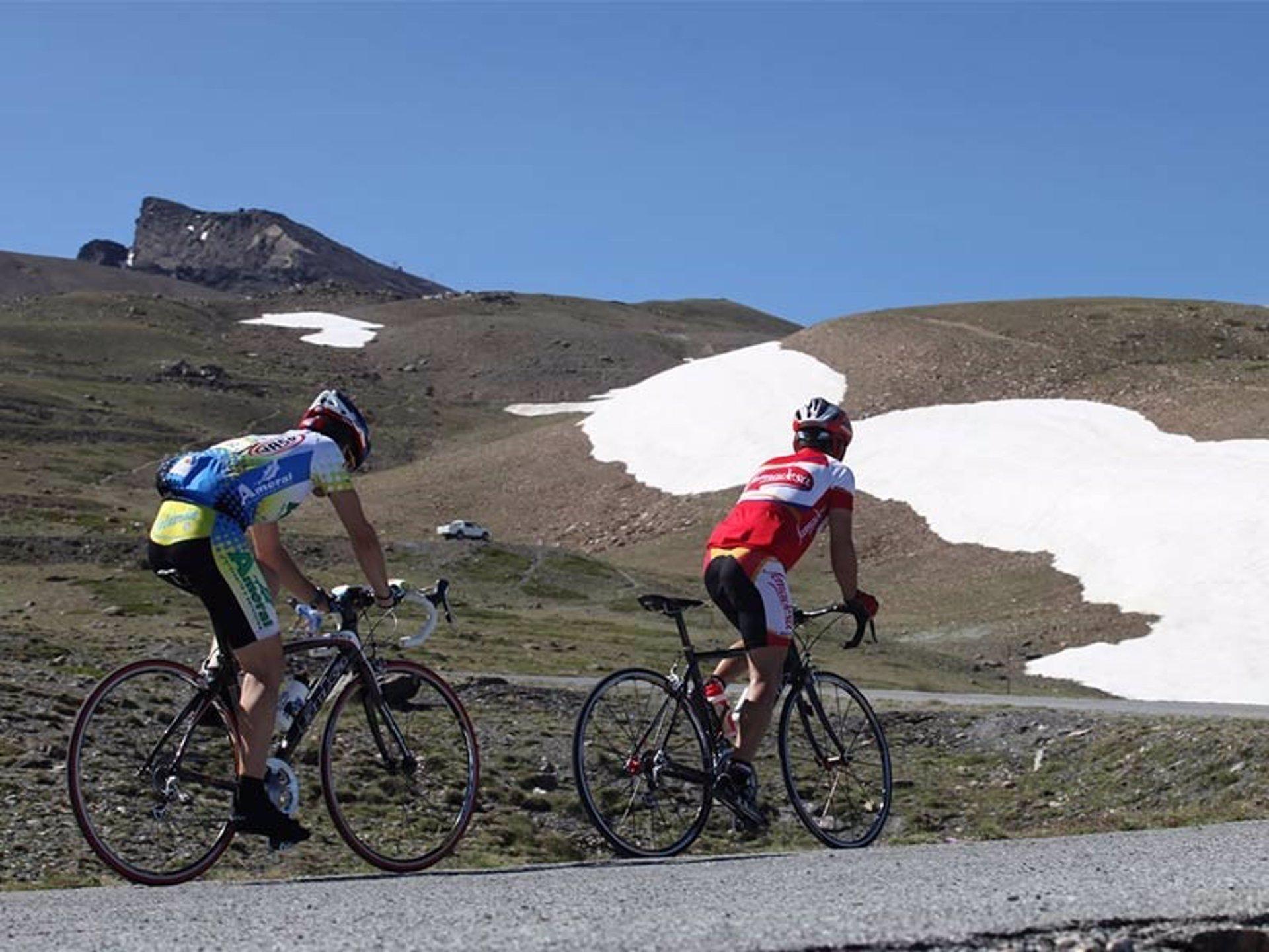La subida cicloturista al Veleta agota sus 300 plazas para la edición 2021