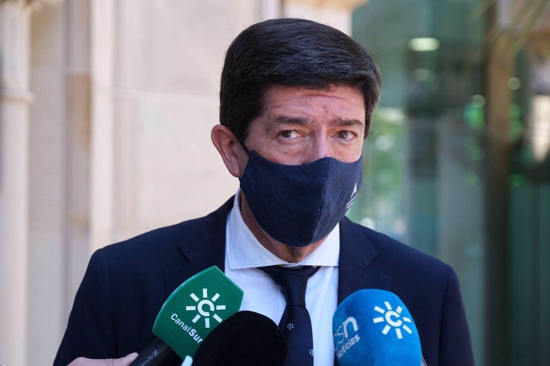Marín indica que Salvador «va a seguir gobernando en minoría» y está «sorprendido con el PP de Granada»