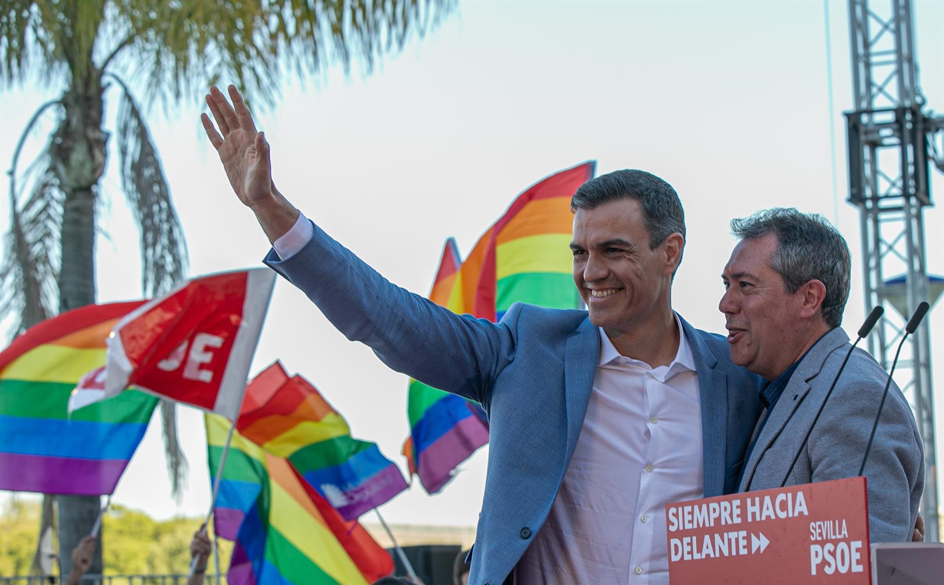 Ferraz celebra la victoria de Espadas frente a Susana Díaz y el «tiempo nuevo» que se abre en el PSOE de Andalucía