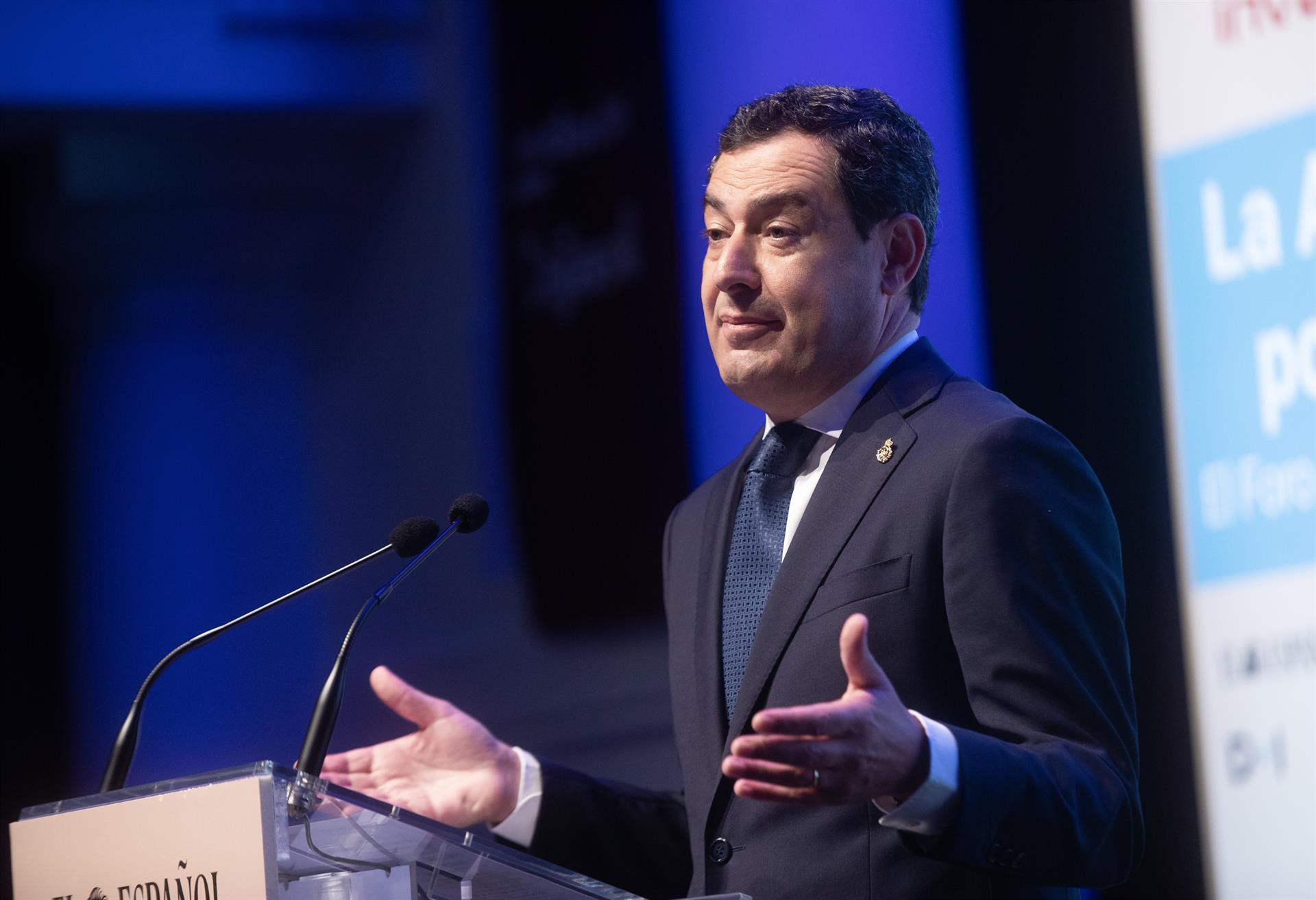 Moreno: «Andalucía está en fase de arrinconar la pandemia» con cifras que «dan pie a seguir normalizando»