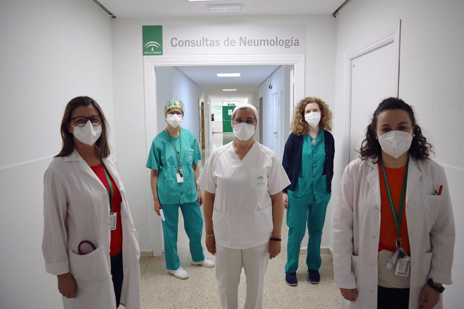 El Hospital Virgen de las Nieves sigue a más de 1.600 pacientes con secuelas tras el Covid-19