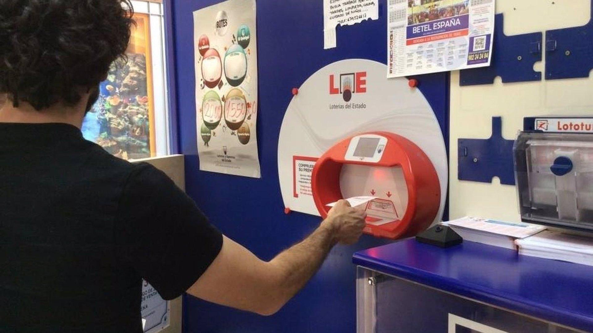 La Lotería Nacional deja premios de 600.000 euros en Atarfe, La Antilla (Huelva) y Sevilla capital