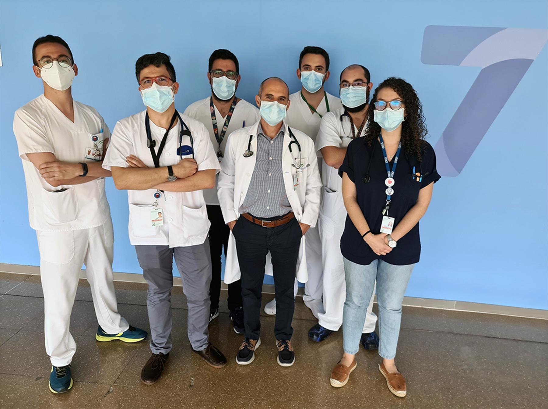 Profesionales de Medicina Interna del Clínico, premiados por un trabajo sobre seguridad del paciente