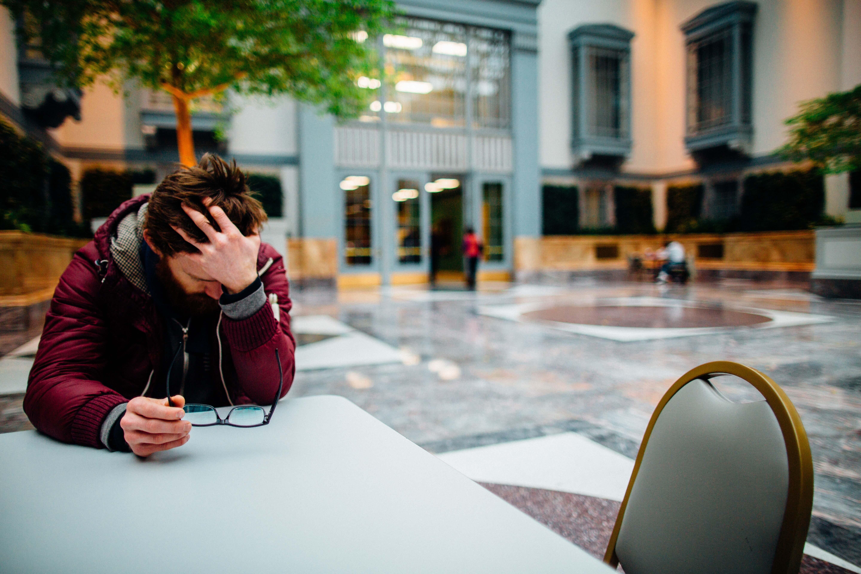 La desigualdad económica aumenta la ansiedad de las personas por mejorar su estatus social, según un estudio