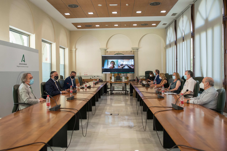 La Junta celebra la Comisión de Coordinación del Inicio del Curso Escolar 2021-2022 en Granada