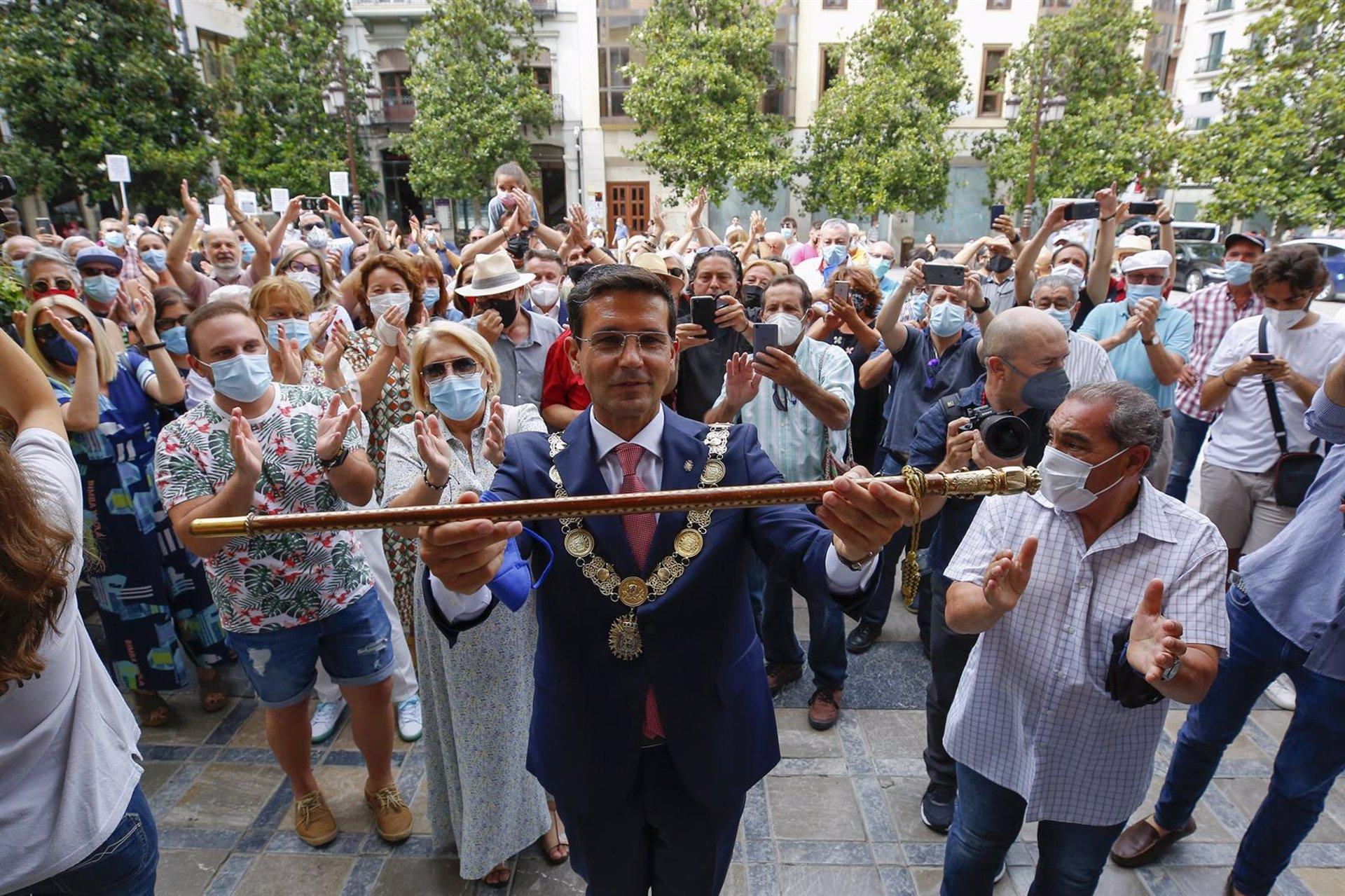 Cuenca (PSOE) no descarta incorporaciones de otras formaciones al gobierno local para dar «estabilidad»