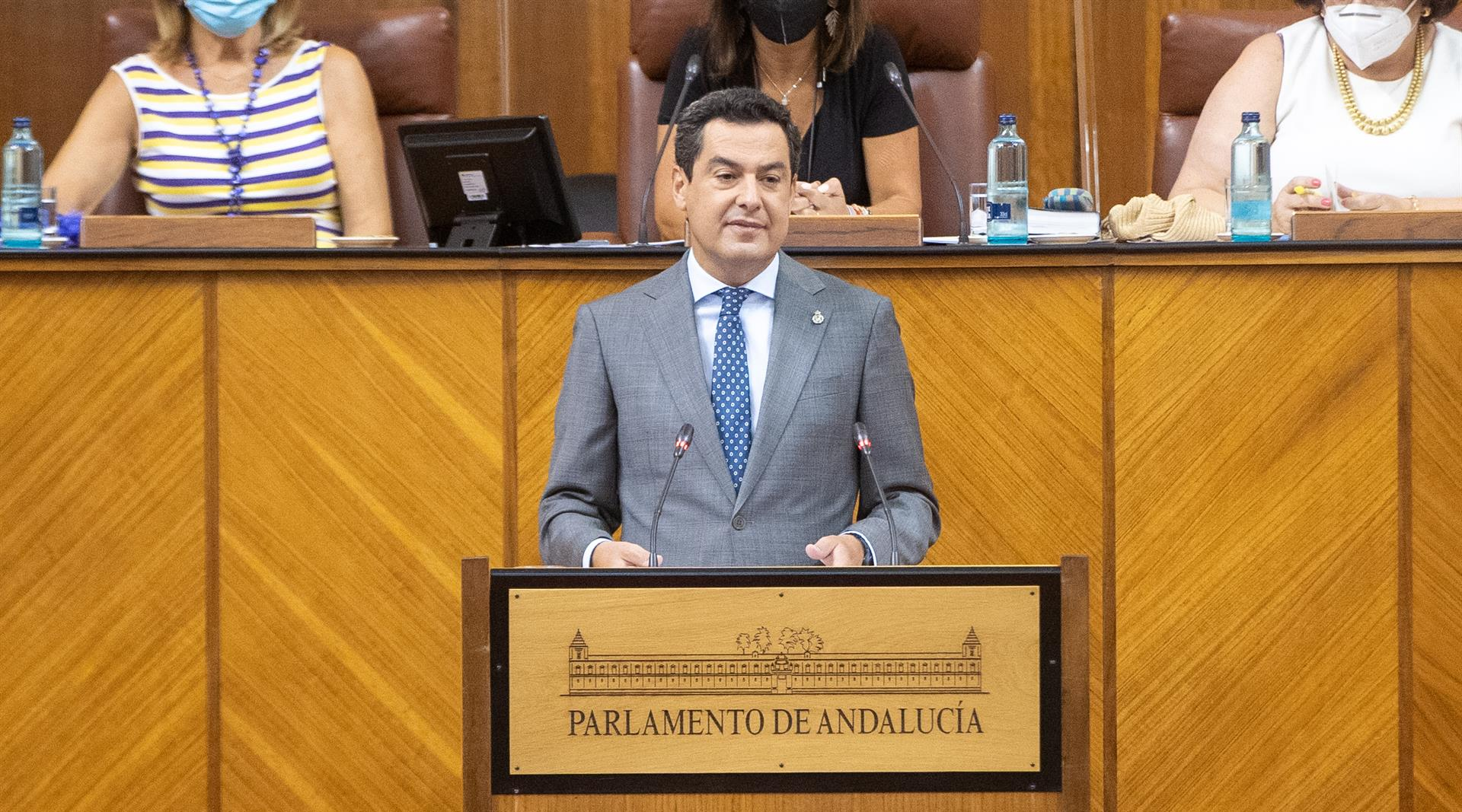 Moreno anuncia «nuevo incentivo a contratación indefinida» para colectivos más afectados por crisis del Covid y jóvenes