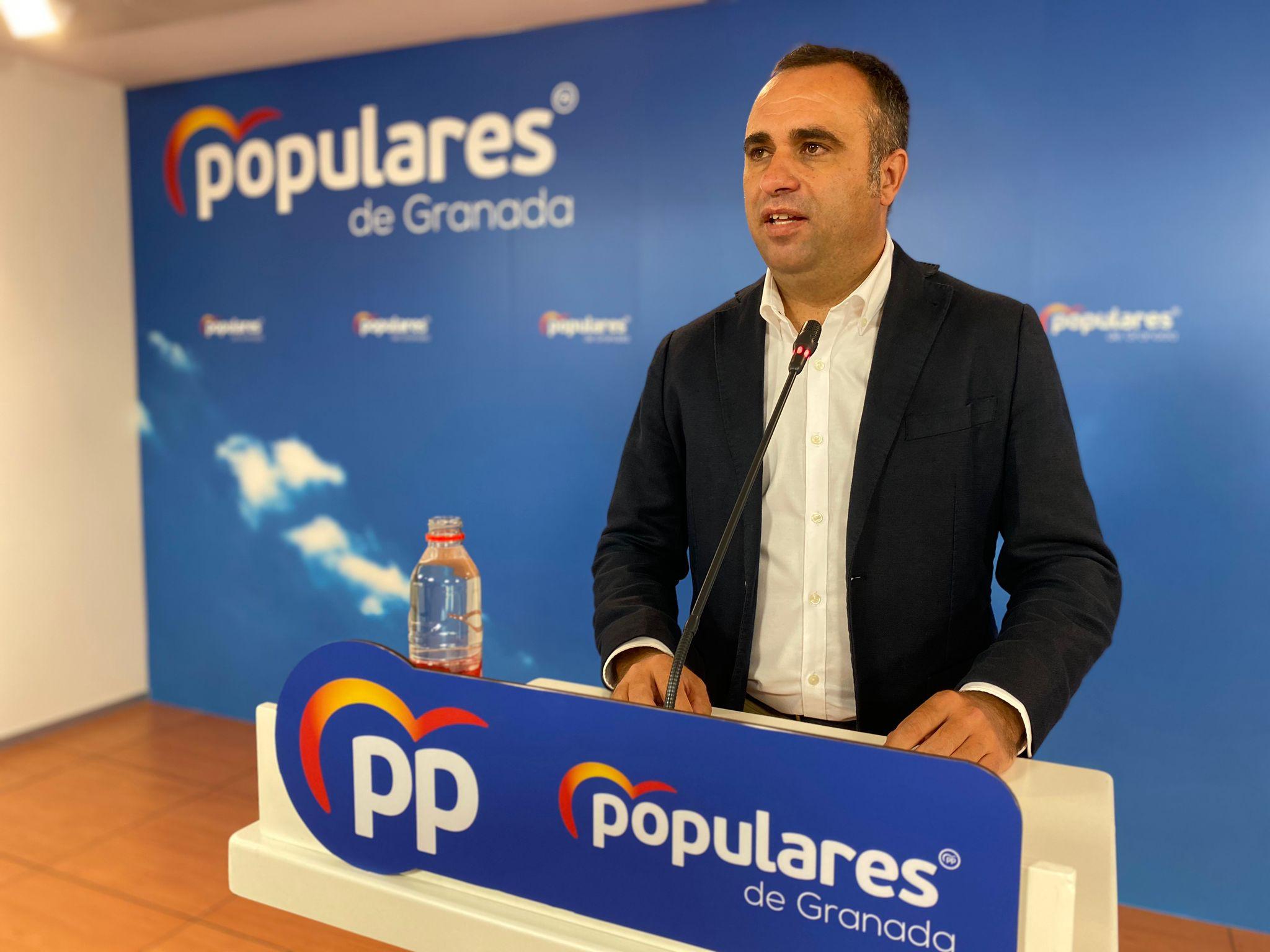 """Rodríguez: """"Nadie hubiera entendido que el PP mantuviera a Luis Salvador como alcalde sin el apoyo de su partido, del Pleno, ni de la sociedad granadina"""""""