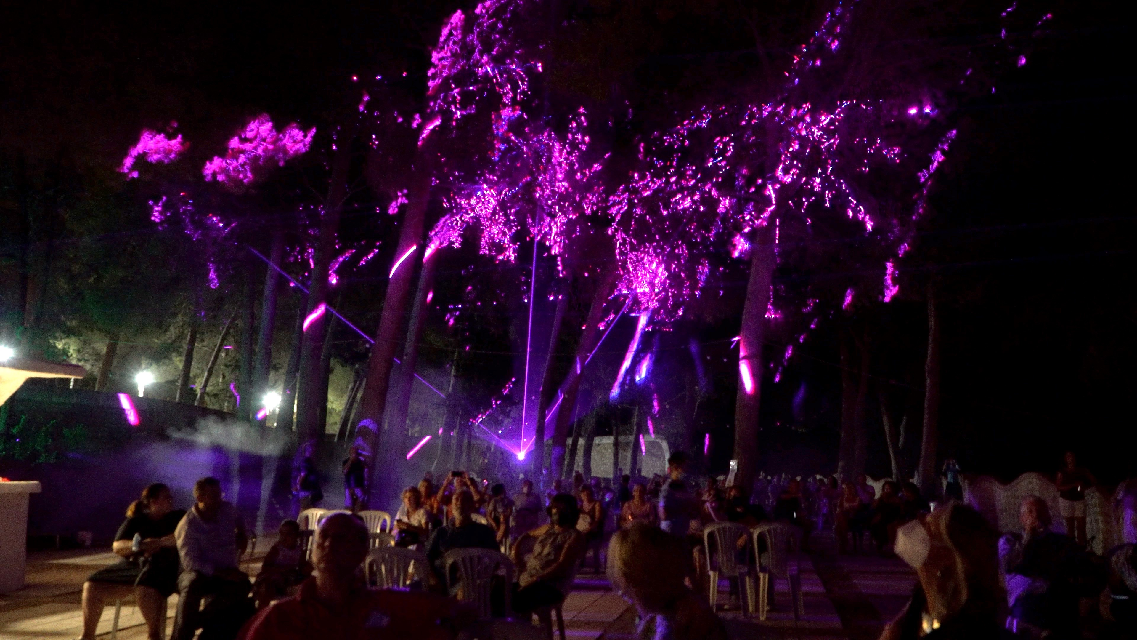 Espectacular show de luces en el Geoparque