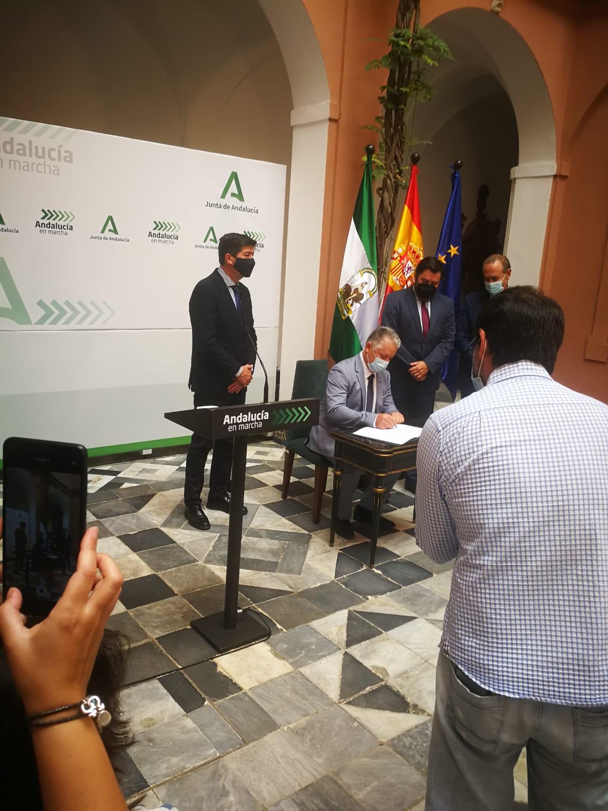 La Diputación de Granada destinará este año más de 2,6 millones de euros a obras del Programa de Fomento de Empleo Agrario