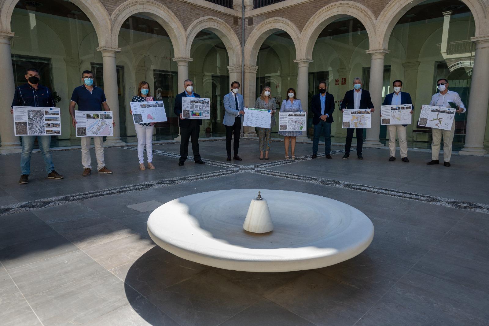 La Junta invertirá 1,4 millones en la regeneración de calles y plazas de siete municipios granadinos