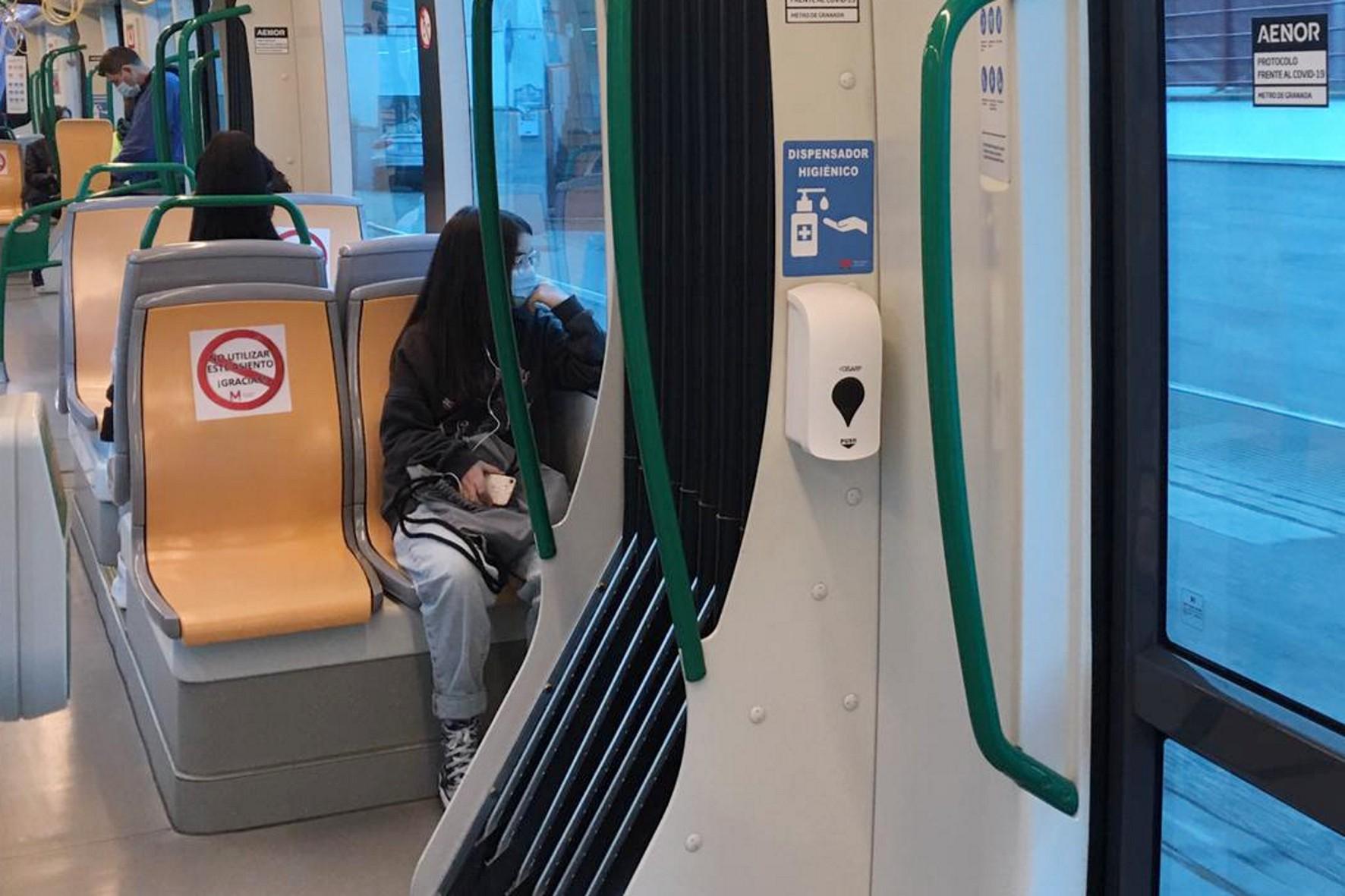 Metro de Granada aumenta un 7,2% su demanda de usuarios en el primer semestre del año