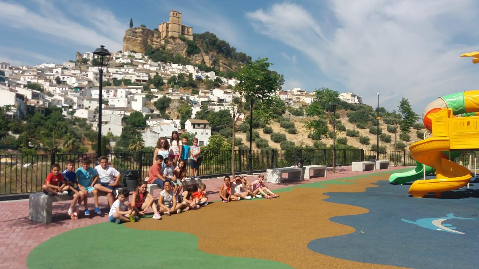 Montefrío pone en marcha una escuela de verano para ayudar a las familias del municipio a conciliar