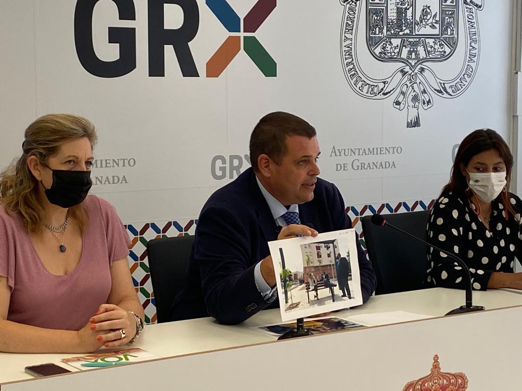 VOX pide a Marifrán Carazo que «acuda al rescate» del Ayuntamiento de Granada