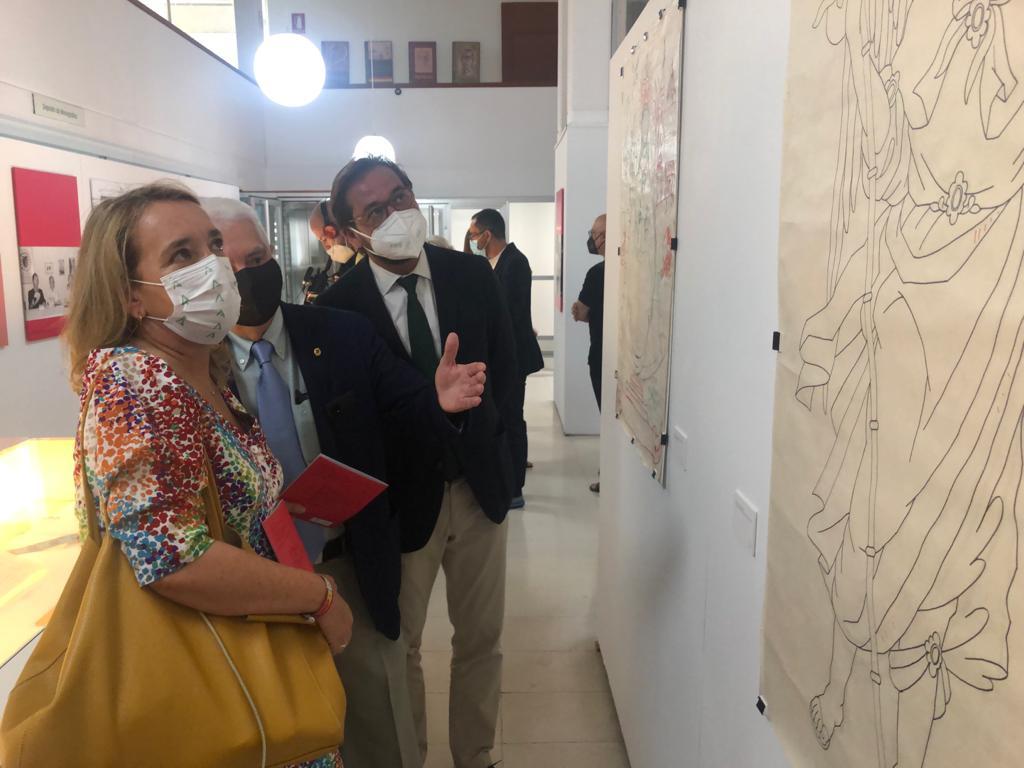 La Consejería de Cultura inaugura la muestra 'Toda una vida: El legado de Pablo García Baena'